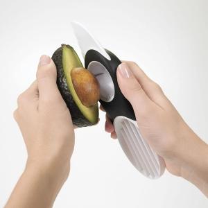 Affetta avocado 3 in 1 bianco/nero in acciaio inox e plastica Oxo Good Grips