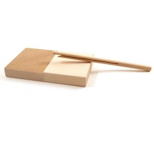 Tagliere in legno per garganelli con bacchetta aperta inclusa Calder