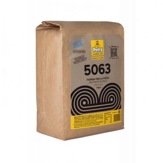 Petra 5063 Farina per pizza a lievitazioni medie Sacco 5kg Molino Quaglia